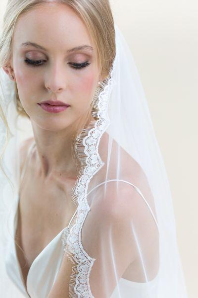 Ivy - Lace Edge Long Wedding Veil